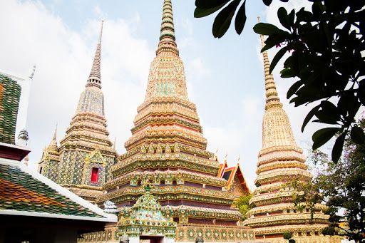 A ne pas faire pour visiter un temple thaïlandais