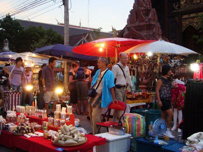 Apprendre quelque chose de local de Chiang Mai