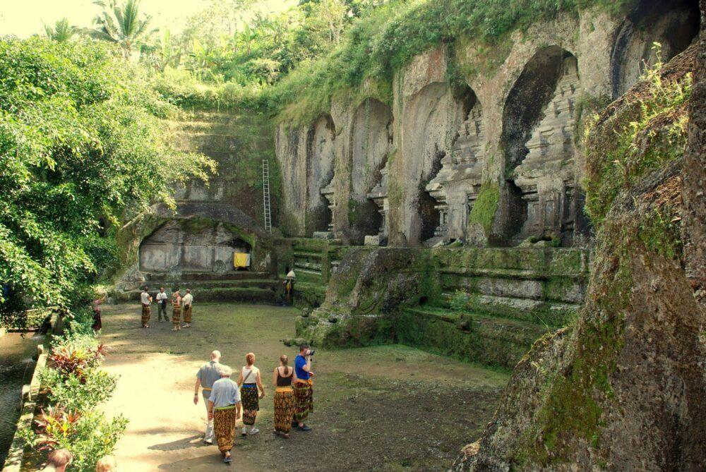 Autour de Goa Gajah