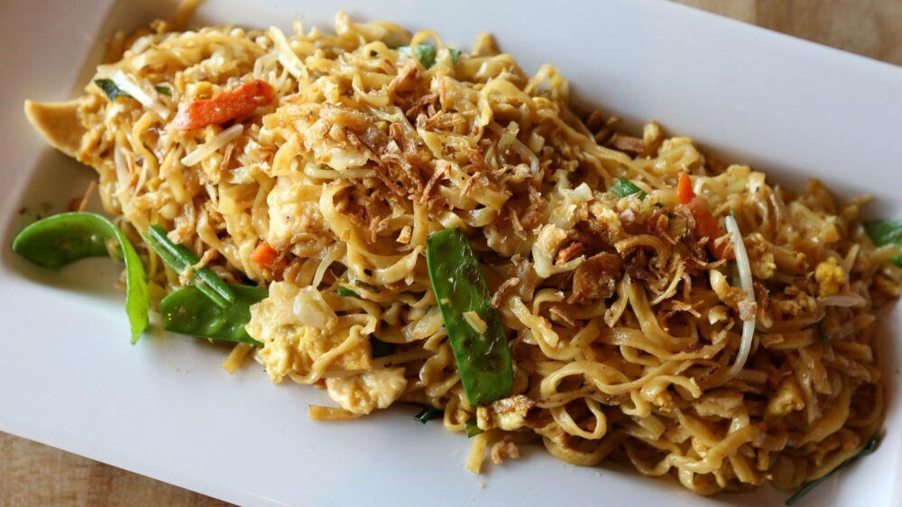 Bakmi - A Chinese Noodle Dish Beloved by Indonesians