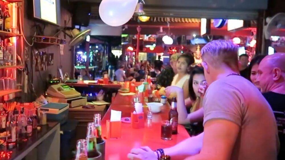 Vie nocturne à Chiang Mai : les meilleurs bars, clubs et autres 3
