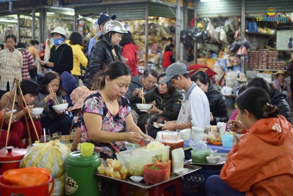 Da Nang Street Market in Da Nang, Vietnam