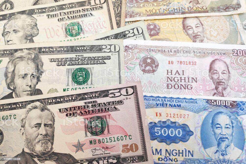 Dong vietnamien ou dollars américains?