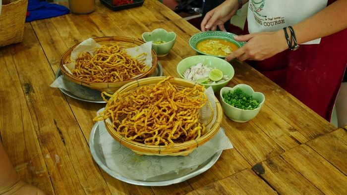 Essayez les nouilles Sukhothai