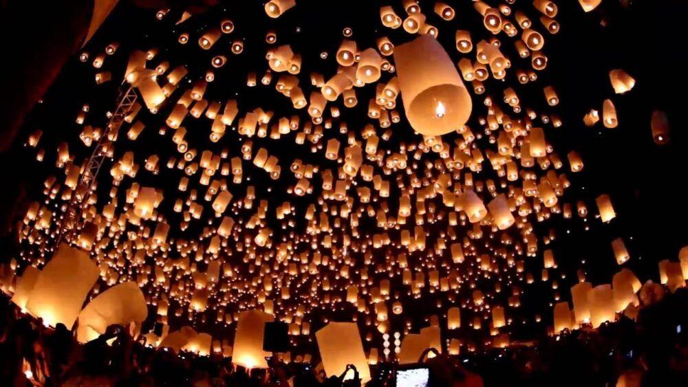 Festival des lanternes de Yi Peng à Chiang Mai, Thaïlande