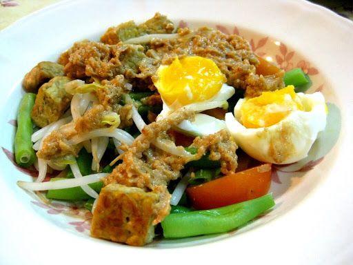 Gado-gado - La salade descend dans la rue