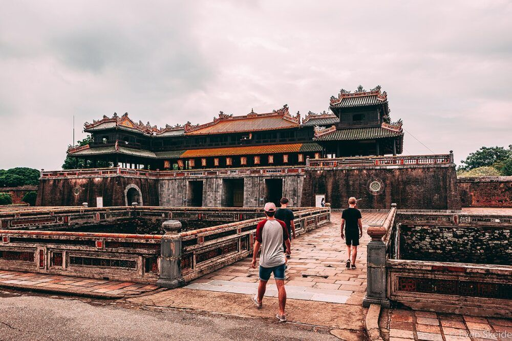 La Dame Fantôme de la pagoda de Thien Mu