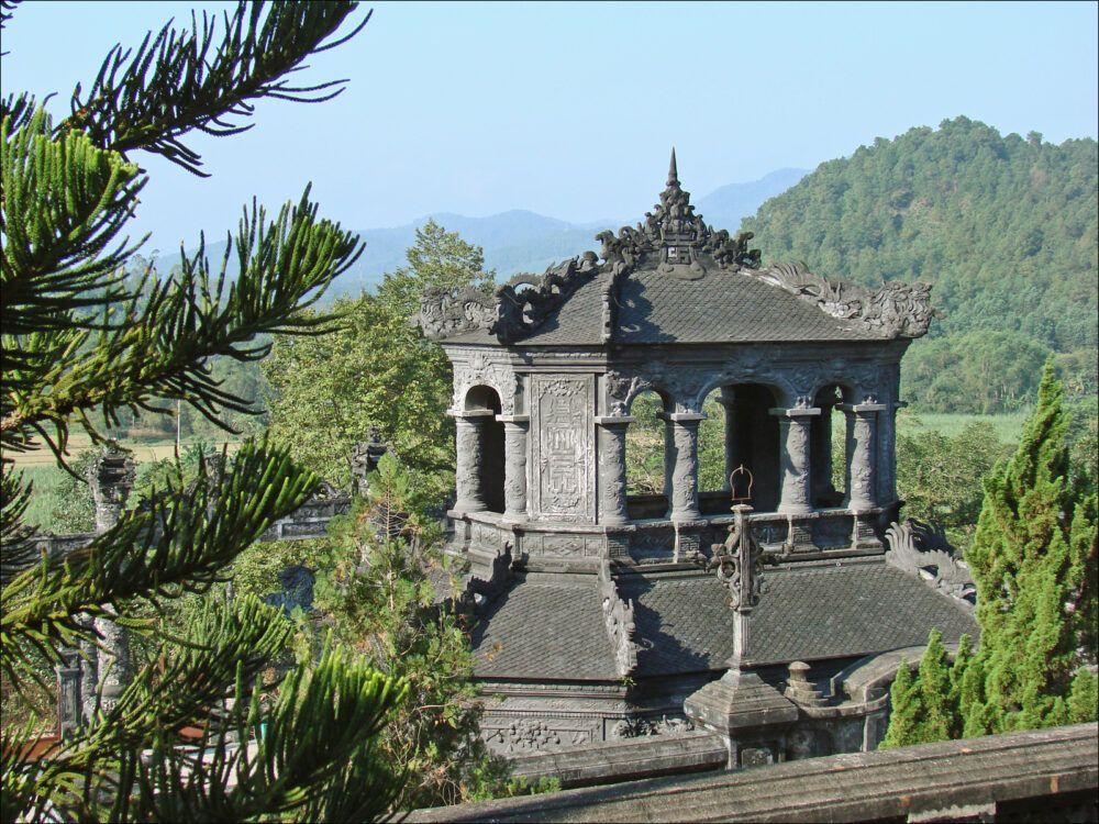Le pavillon de la stèle