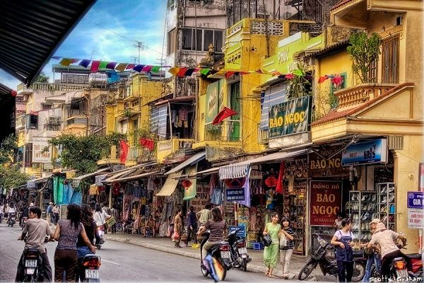 Les 36 rues du vieux quartier