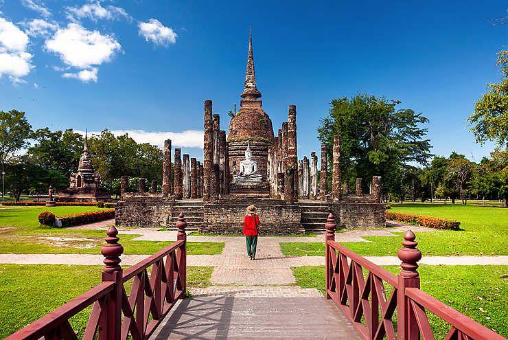 Les femmes dans les temples thaïlandais