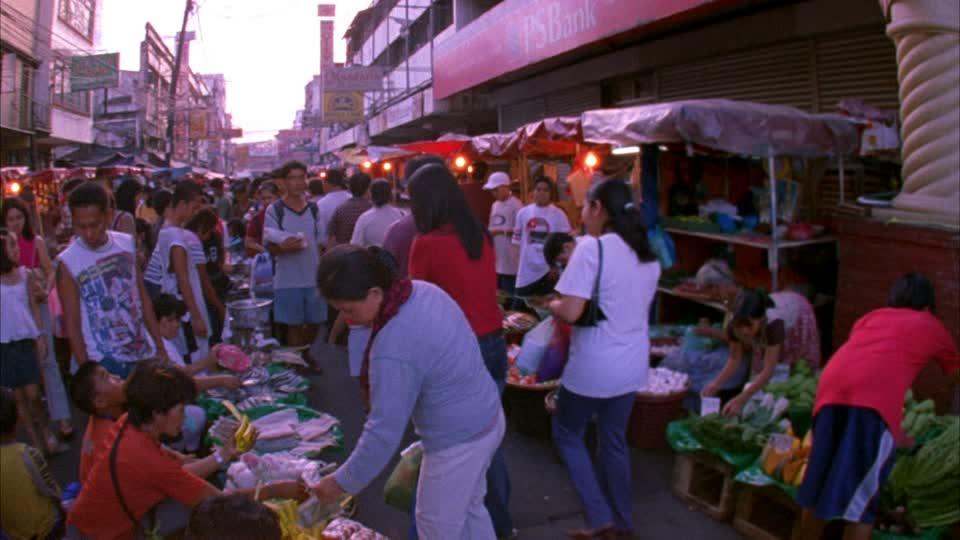 Parcourez et achetez sur les marchés de Manille le week-end