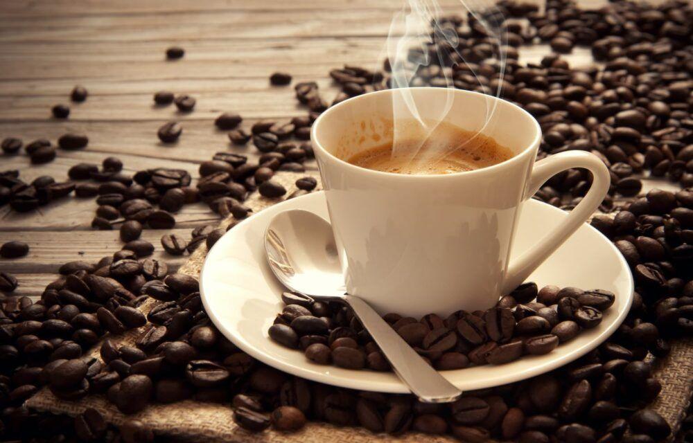 Siroter du café vietnamien