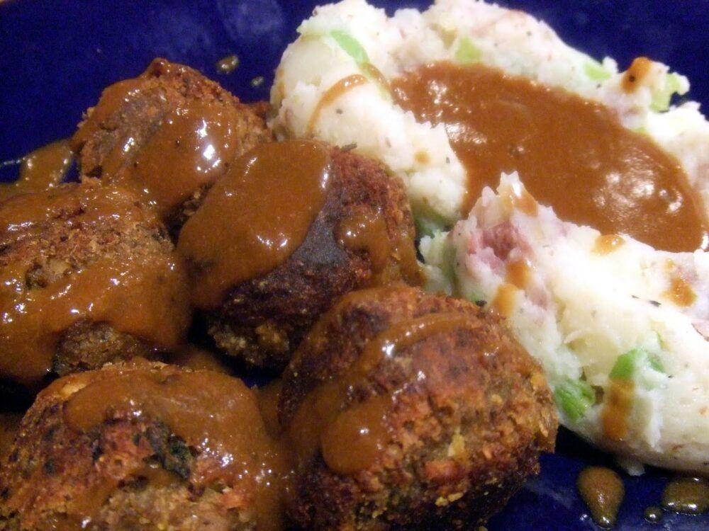 Testicules de poulet: Un repas avec des boulettes