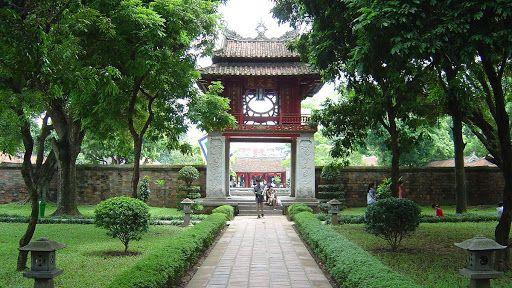 Visite du temple de la littérature