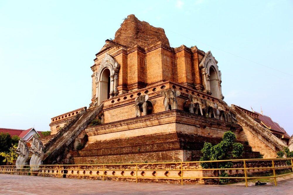 Le Wat Chedi Luang de Chiang Mai : le guide complet 1