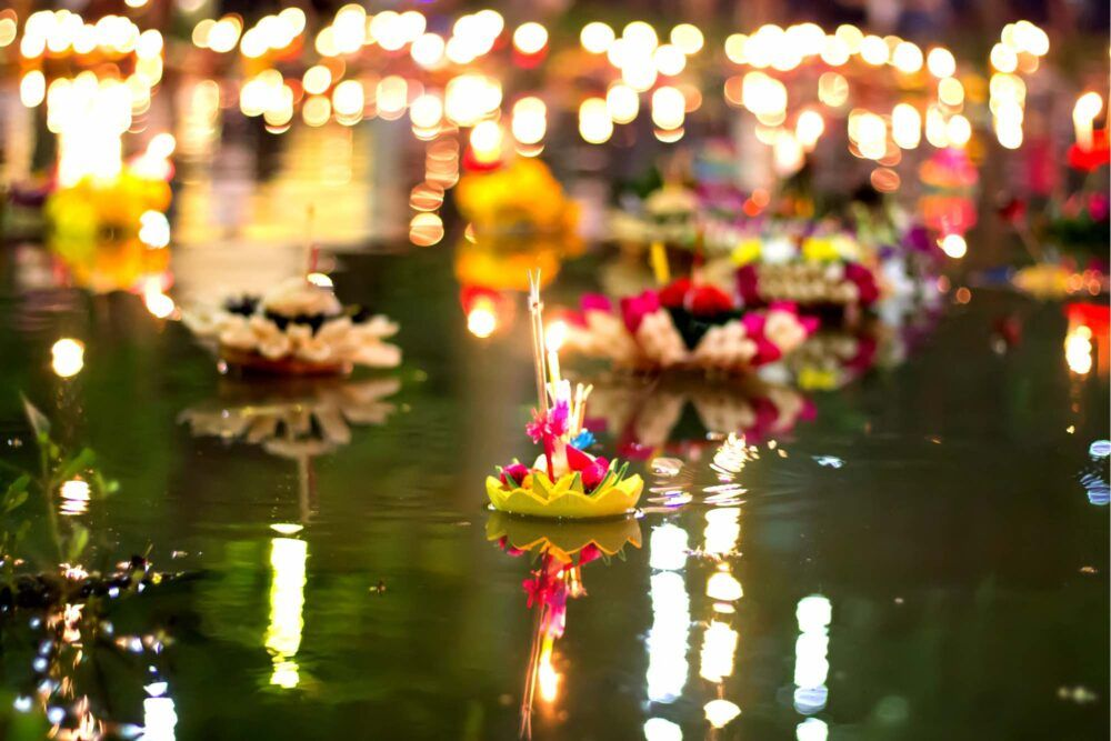 What to Expect at Loi Krathong in Thailand